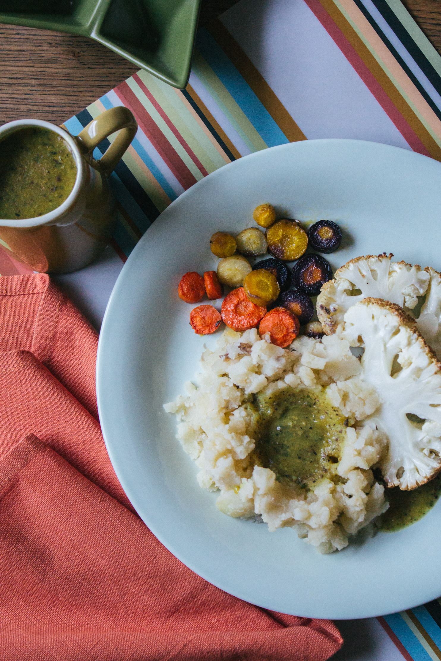 Vegan Gluten-Free Sage Gravy #vegan #dairy-free #sauce #gravy #plant-based