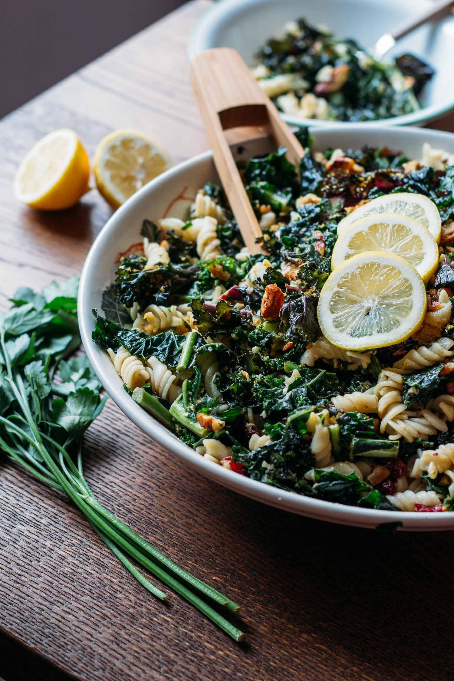 Kale, Pecan & Cranberry Pasta Salad #vegan #plant #based #kale #salad
