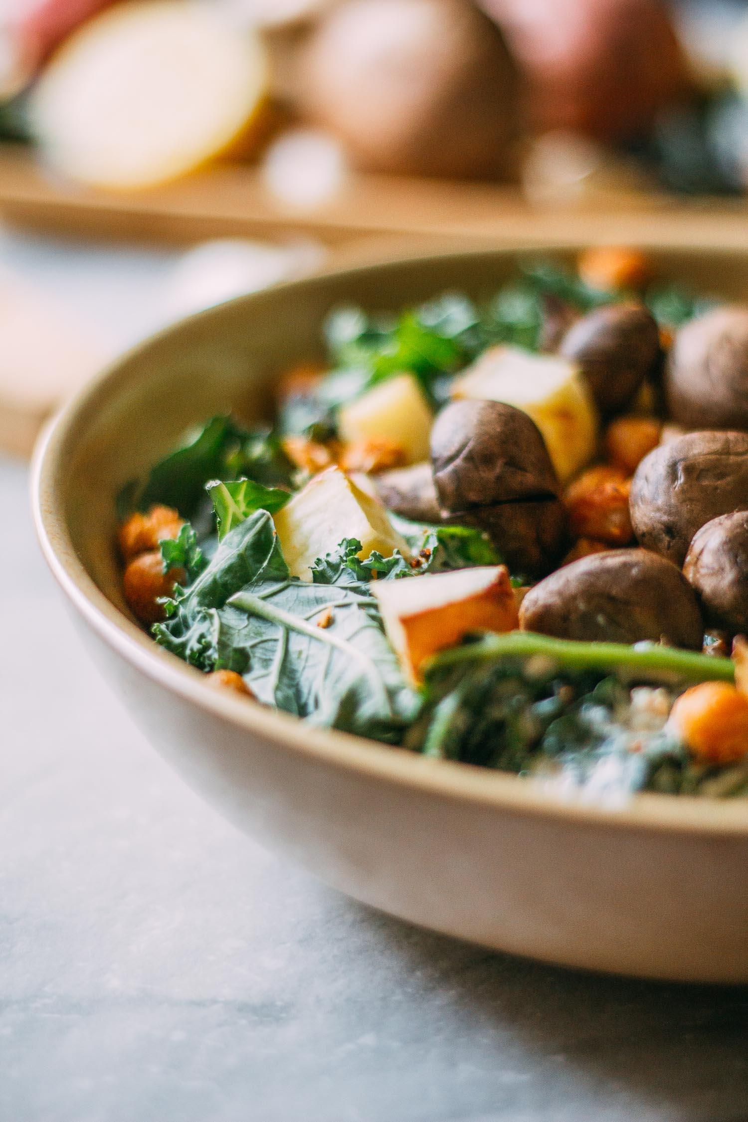 Roasted Steak-y Mushroom Kale Salad #gluten-free #oil-free #aquafaba #WFPB #potatoes