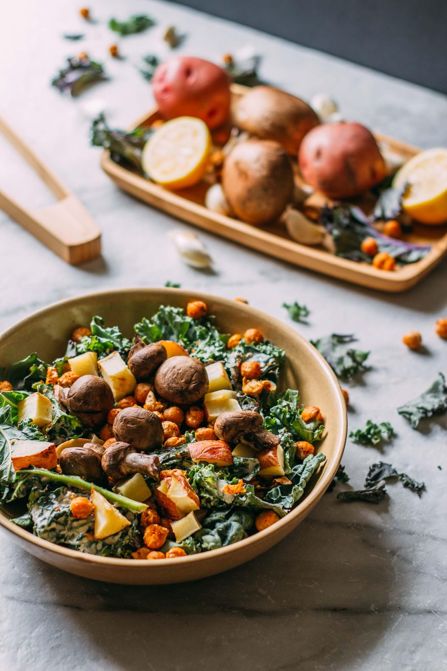 Roasted Steak-y Mushroom Kale Salad #protein #vegetarian #chickpeas #wfpbno #lunch #cookout #sidedish