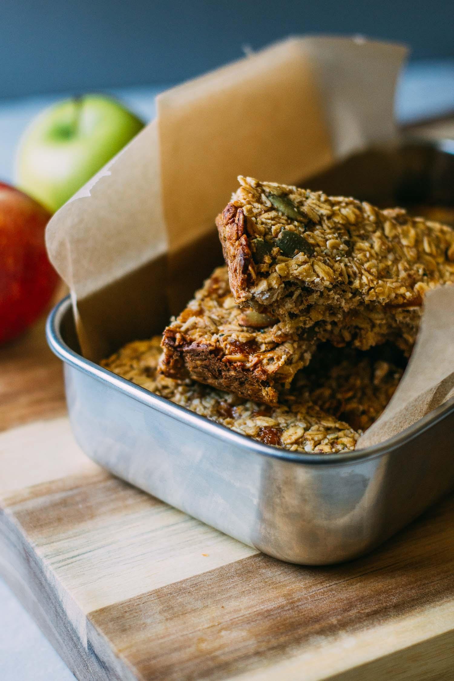 Tahini Mango Granola Bars #granola #bars #recipe #gluten-free #nut-free #vegan