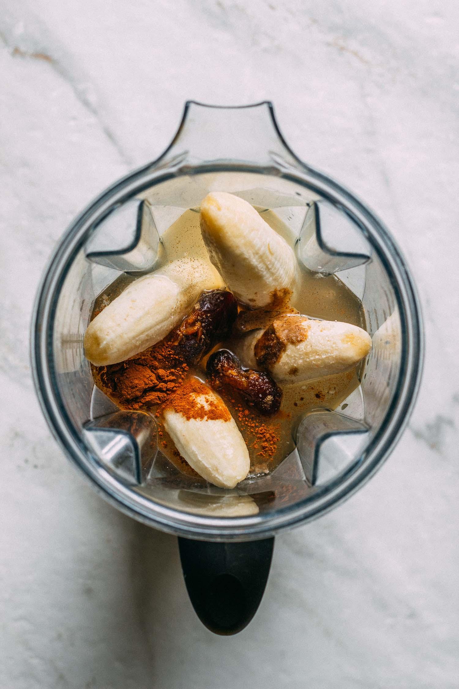 Creamy Cardamom Banana Milk #vegetarian #nondairy #gluten-free #milk #breakfast #recipe