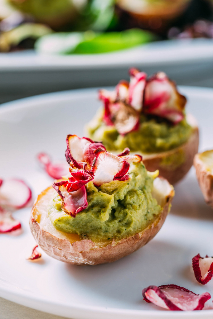 Potato Avocado Hummus & Radish Chip Appetizers #potato #potatoes #avocado #hummus #chickpea #appetizer #appetizers #radish #chips #fingerfood #entertaining #vegan #plant-based #wfpb #wfpbno #gluten-free #snacks #party #football #hors d'oeuvres #guacamole #easy #recipe #recipes #Easter #spring