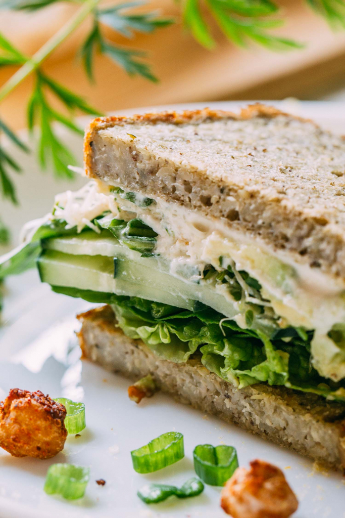 Green Veggie Sandwich with Cucumber Sprouts & Avocado #veggie #vegetable #sandwich #cucumber #sprouts #avocado #spinach #spring #greens #onions #cashew #parmesan #raw #vegan #cheese #oilfree #glutenfree #wfpb #wfpbno #plantbased #vegetarian #recipe #nocook #recipes #summer #lunch #picnic #snack #backtoschool
