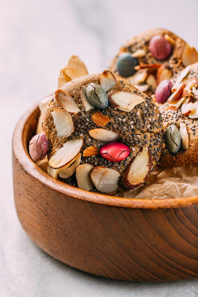 Chewy Almond Lemon Bird's Nest Cookies  #chiseeds #chewy #almond #lemon #birdsnest #cookies #cookie #tahini #oilfree #cleaneating #diet #eat #healthy #food #vegan #vegetarian #recipes #veggie #dairyfree #plantbased #glutenfree #eatclean #sugarfree #recipe #wheatfree #wfpb #wfpbno #fok #mcdougall #Easter #spring #babyshower #vegansnacks #treats #dessert #Unreal #children #kids