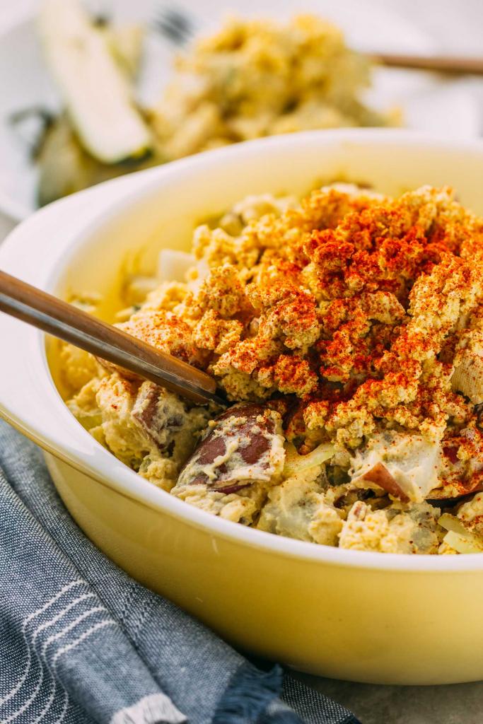 Mama's Vegan Southern Style Potato Salad #potato #salad #vegan #side #main #bbq #picnic #southern #comfortfood #cookout #glutenfree #dairyfree #summer #tailgating #potluck #recipe #potatoes #onion #celery #pickles #mustard #veganmayonnaise #veganmayo #wfpb #oilfree #wfpbno