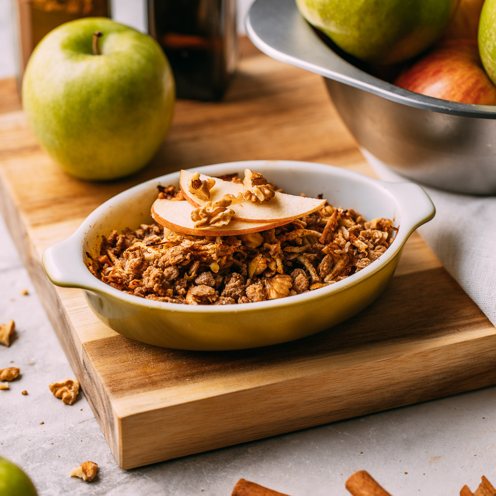 Vegan Gluten Free Apple Crisp Crumble Healthy Dessert Baked Apples Breakfast Whole Food Plant Based Oil Free Dairy Free Refined Sugar Free Snack Walnuts Oatmeal | Veeg