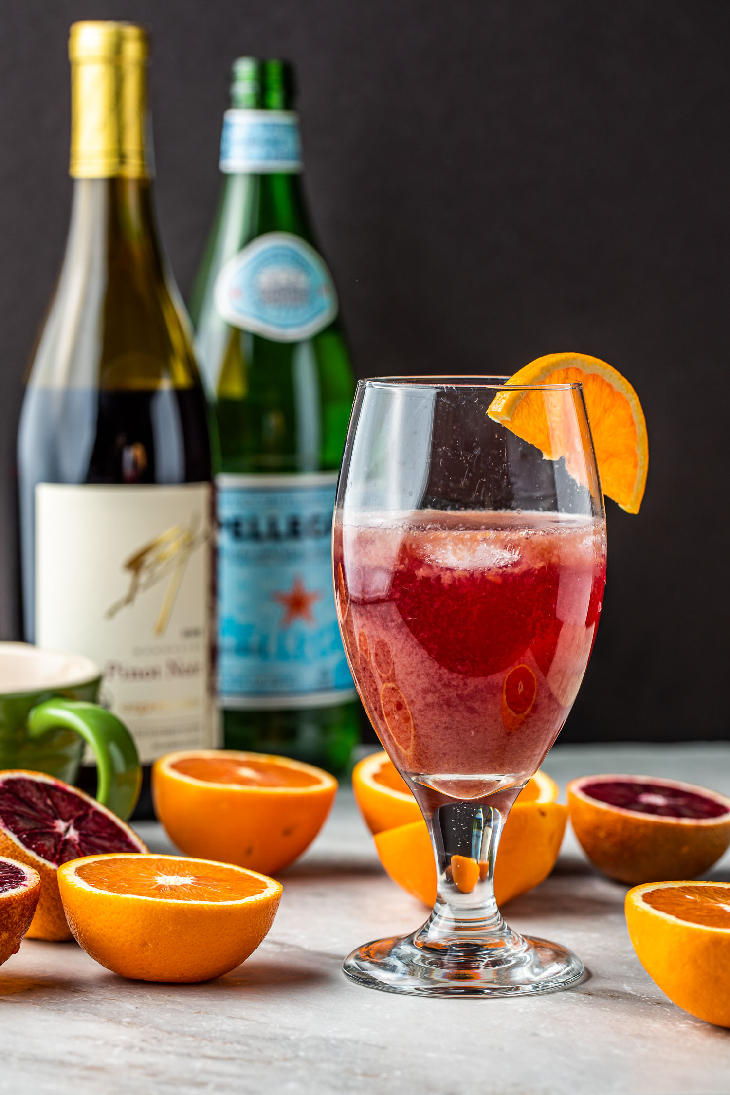 skinny cocktail of red wine, mineral water, orange juice