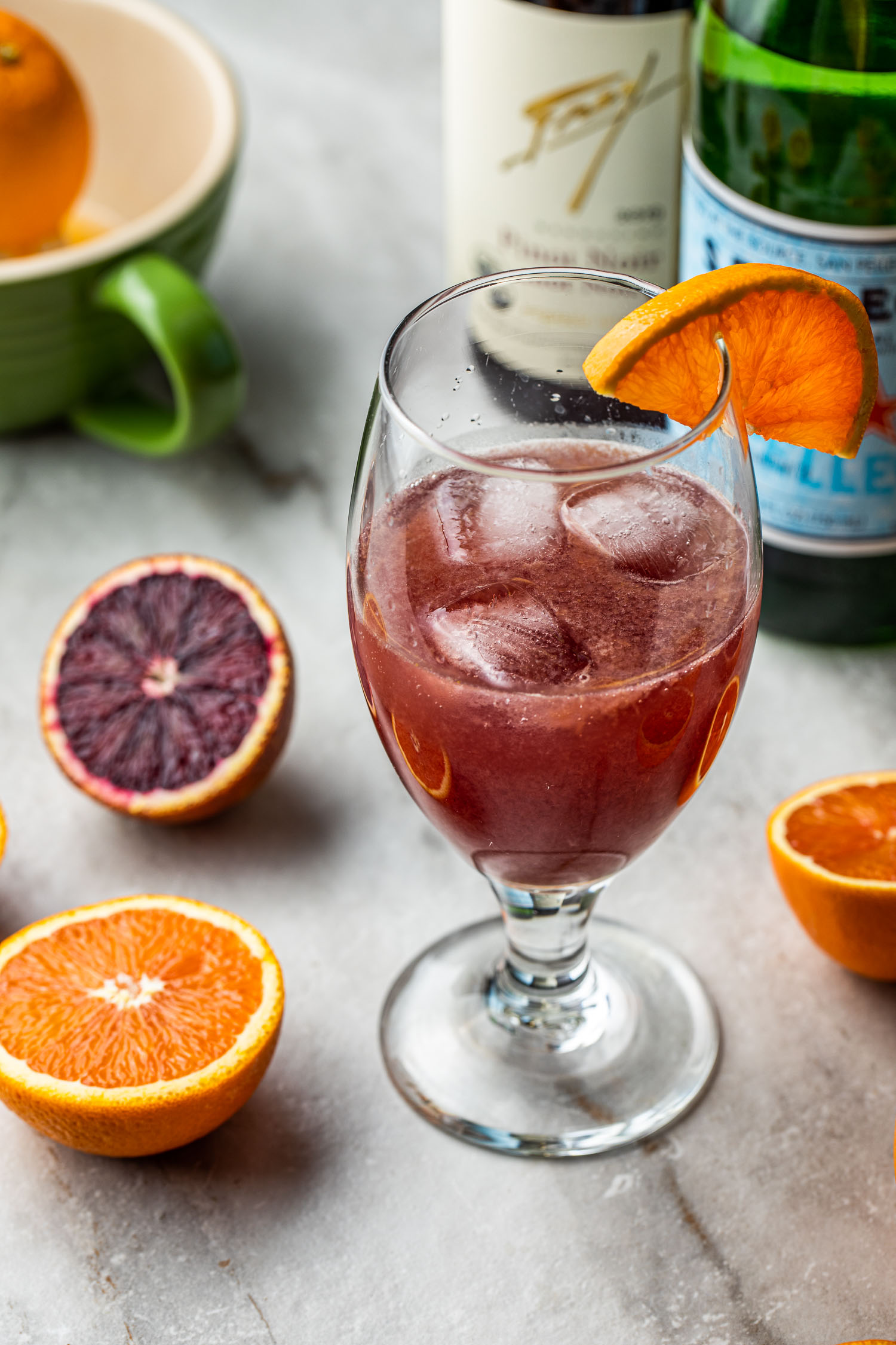 red wine skinny spritzer cocktail